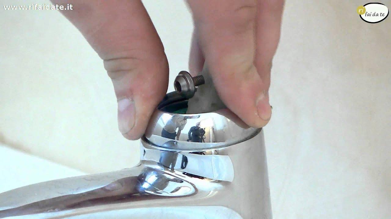 Cambiare la cartuccia di un rubinetto miscelatore che