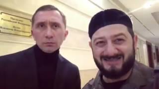Кадыров опубликовал видео с «Путиным» и Галустяном