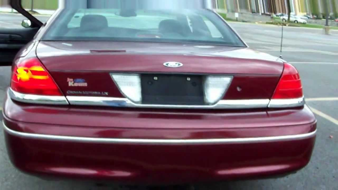 2005 Ford Crown Victoria Tail Lights