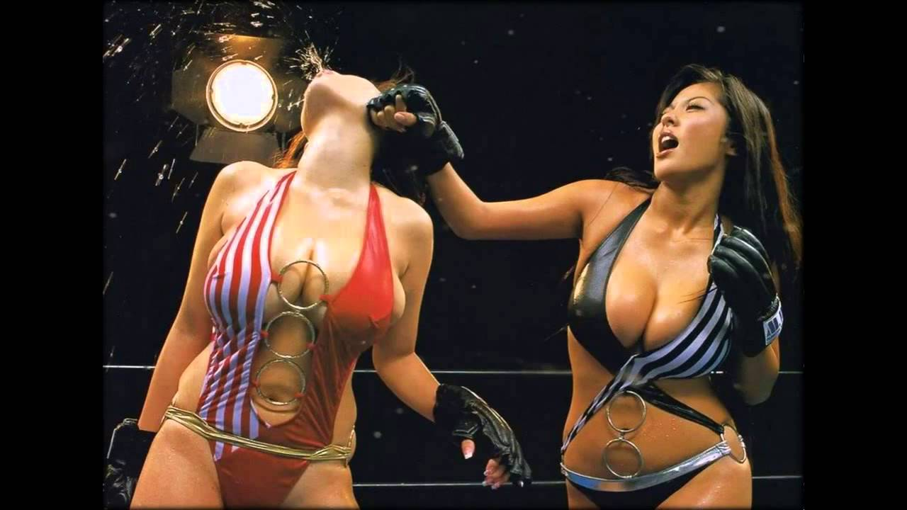 Bikini girls fighting