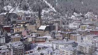 Einwanderungspolitik der Schweiz:  Den roten Pass zu bekommen, ist alles andere als einfach