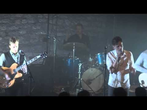 Efterklang - Cutting Ice To Snow (HD) Live in Paris 2012