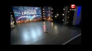 Девочка удивила всех на шоу талантов (Украина)(, 2012-03-12T06:20:35.000Z)