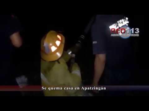 VIDEO Se quema casa en Apatzingán