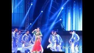 Nabeel Naved (Pakistani) dances w/ ShahRukhKhan Dubai National Day Expo2020 UAE