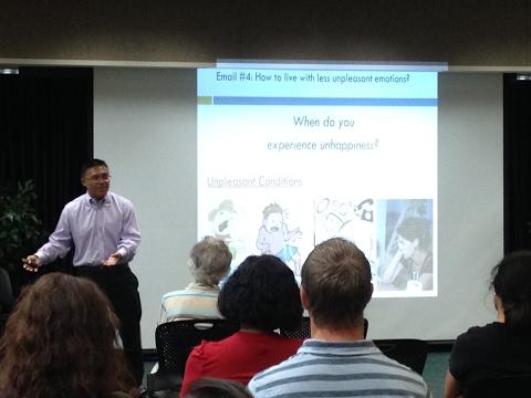 The Power of Thinking Differently - Creative Thinking Speaker & Author Javy Galindo