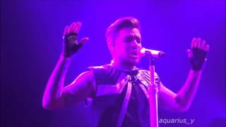 Adam Lambert Runnin
