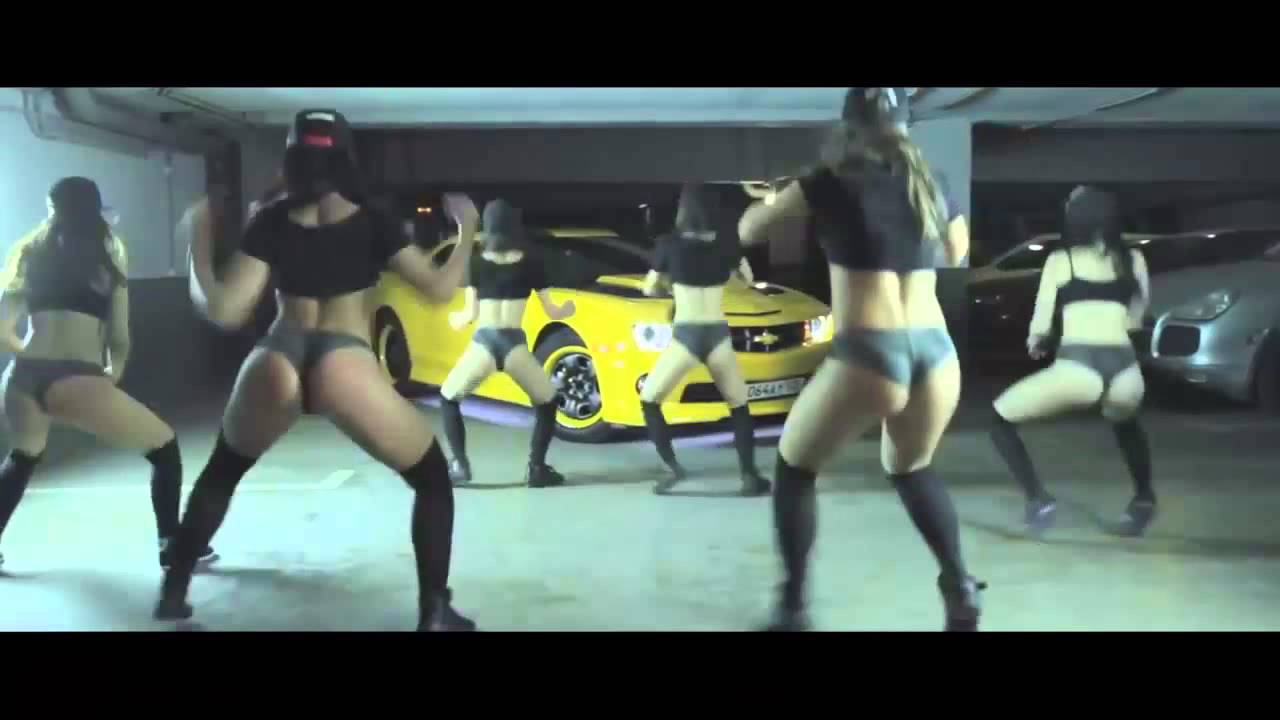 PITBULL - SAKA BOOM REGGAETON 2015 ( Official Video )