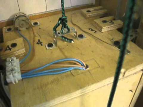 макет пассажирского лифта ручная работа (часть 1) - YouTube: http://www.youtube.com/watch?v=pJ-Hyc8t5n4