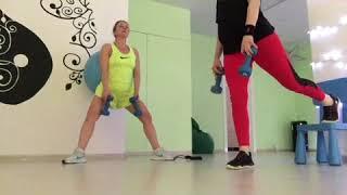 Несерьёзные тренировки странных женщин