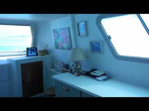 Houseboat Dabble (for sale), Exuma, Bahamas