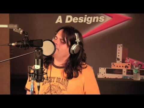 Studio Tech Tips - Recording Male vocals