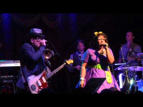 "Elvis Costello & The Roots ""Ghost Town (The Specials Cover)"" 09-16-13 Brooklyn Bowl, Brooklyn NY"