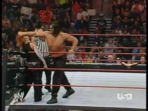 Jeff Hardy VS The Great Khali 10 september...