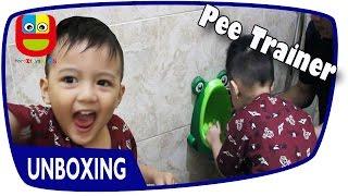 Download Video Funny Potty Pee Trainer • Toilet Training • Cara Melatih Anak Belajar Pipis MP3 3GP MP4