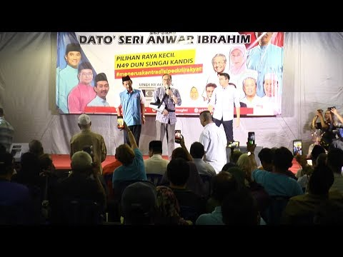 Anwar holds first speech in Sungai Kandis after treatment in Turkey