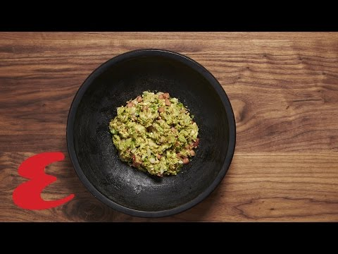 How to Make Damn Good Guacamole