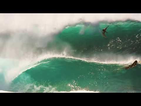 Big Pipeline Evening Free Surf