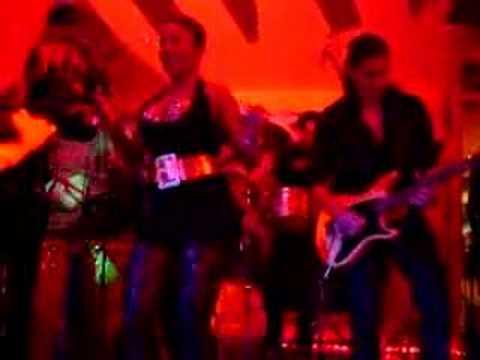 Haila en concert au Palacio de la Salsa (Toulouse)