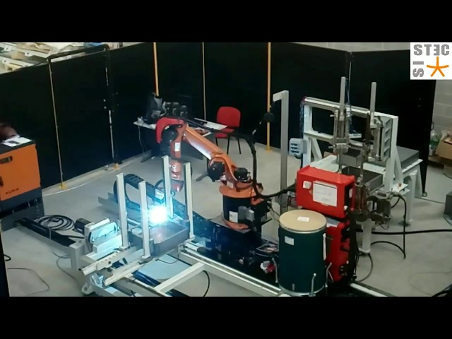 Robot welding ; Saldatura robotizzata