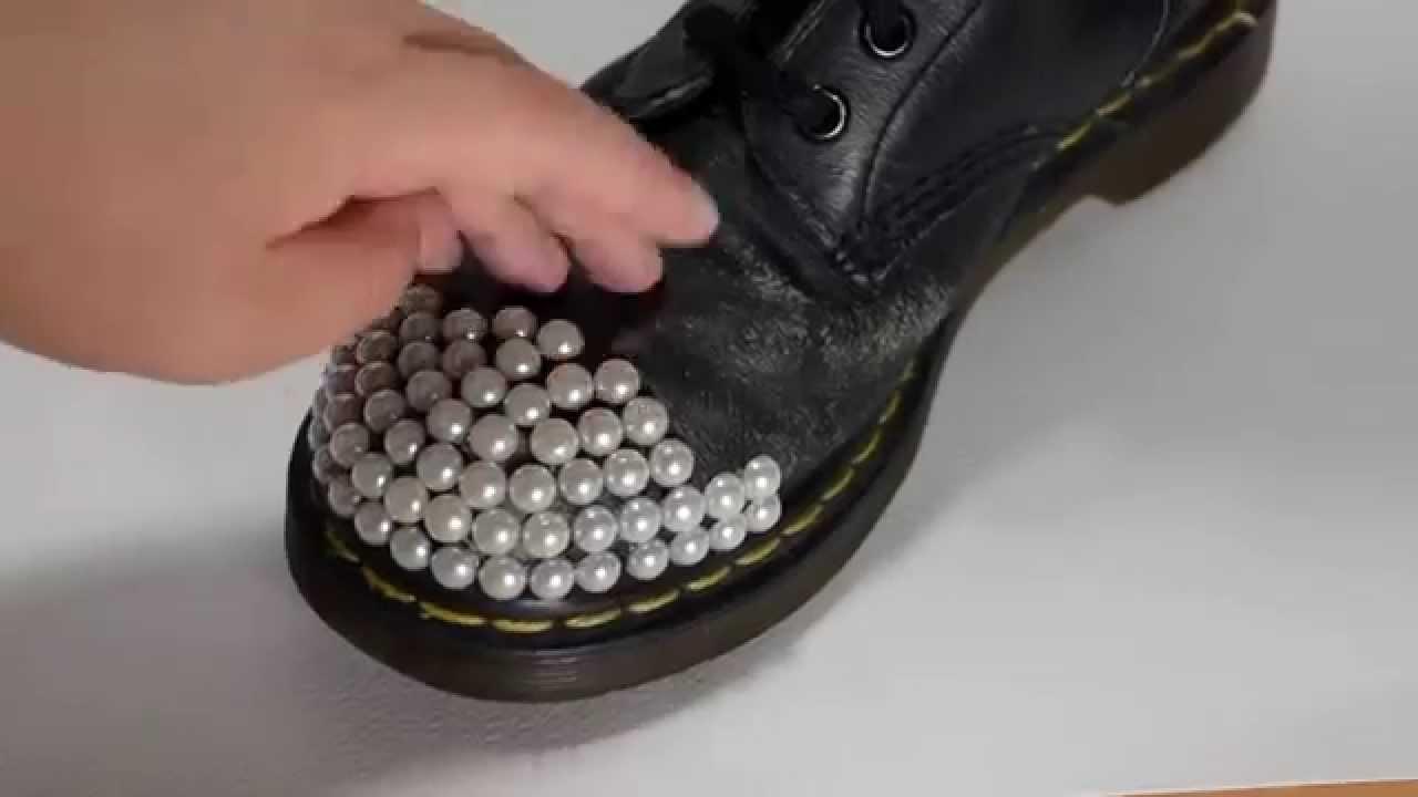 5265f90aa59 DIY Wedding Boots Tutorial