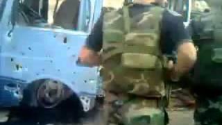 Вооруженные звери расстреливают безоружный автобус(В Сирий происходит невиданная репрессия, при полной поддержке Российской путинской власти чекистов, кэгэб..., 2012-02-03T00:01:28.000Z)