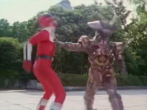Mirai Sentai Timeranger Episode 28  TimeRed's crushed helmet