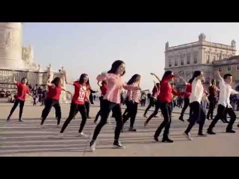 Flash Mob 1D Midnight Memories - Portugal