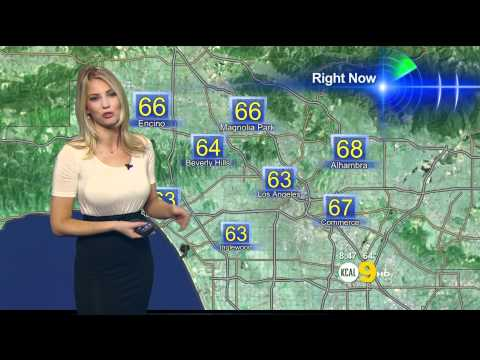 Evelyn Taft 2011/09/21 10PM KCAL9 HD; Tight white top, sexy thumbnail