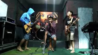 Download lagu Five minutes cover by mbok band