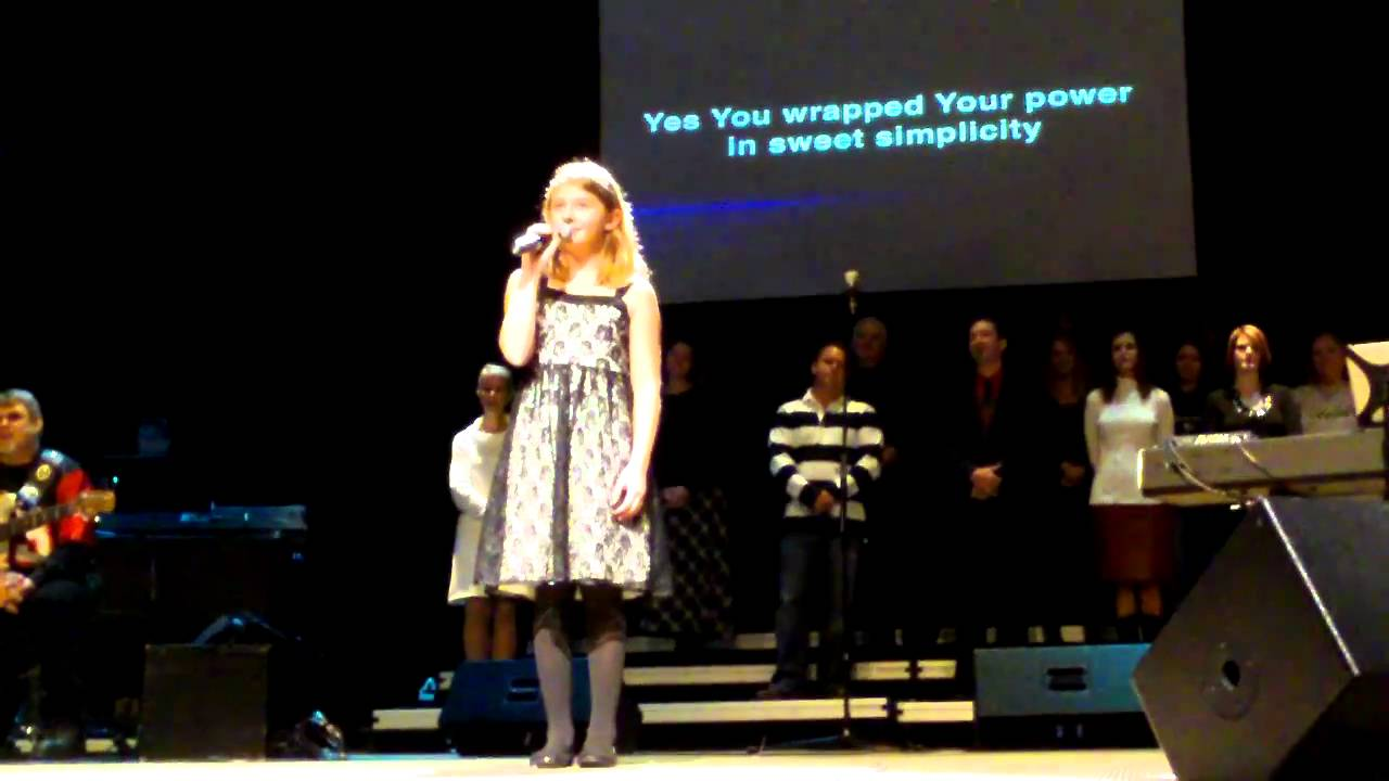 A Child Like Me - A Sweet Christmas Song - YouTube