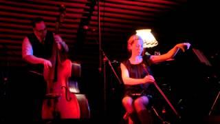 Kitty Hoff & Forêt Noire: Dark friend (live in Freiburg)