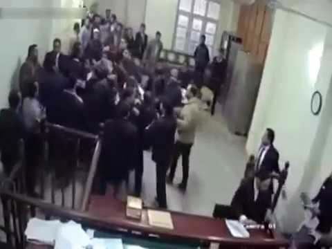Brutal Fight between Lawyers of Pakistan's Lahore High Court