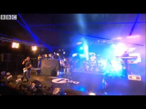 Sean Paul - How Deep Is Your Love [Live London 2012]