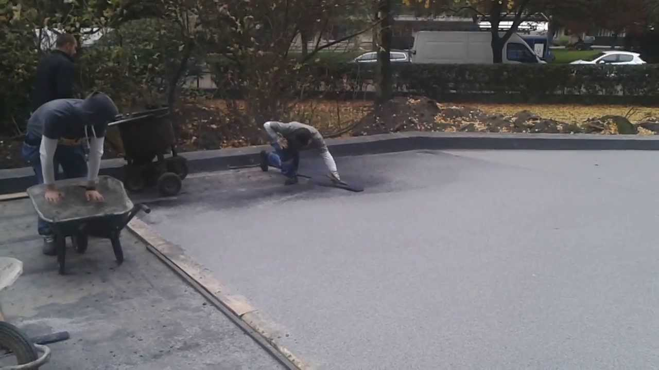 verharding dakparking in gietasfalt rev tement asphalte coul toiture parking youtube. Black Bedroom Furniture Sets. Home Design Ideas