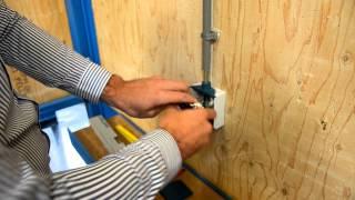Monteren van een spatwaterdichte schakelaar deel 2: Aansluiten van de bedrading