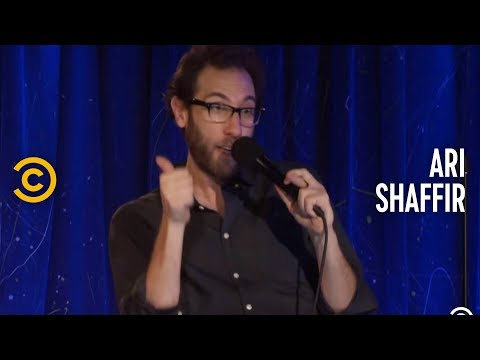 Ari Shaffir: Passive Aggressive - Going to the Pot Doctor