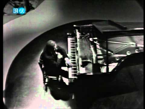 Glenn Gould-Webern-Variations for Piano (HD)