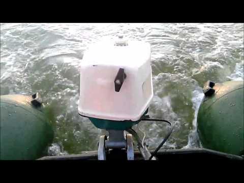 Подвесной лодочный мотор Спутник (Салют) 2л\с, лодка 3.2 м