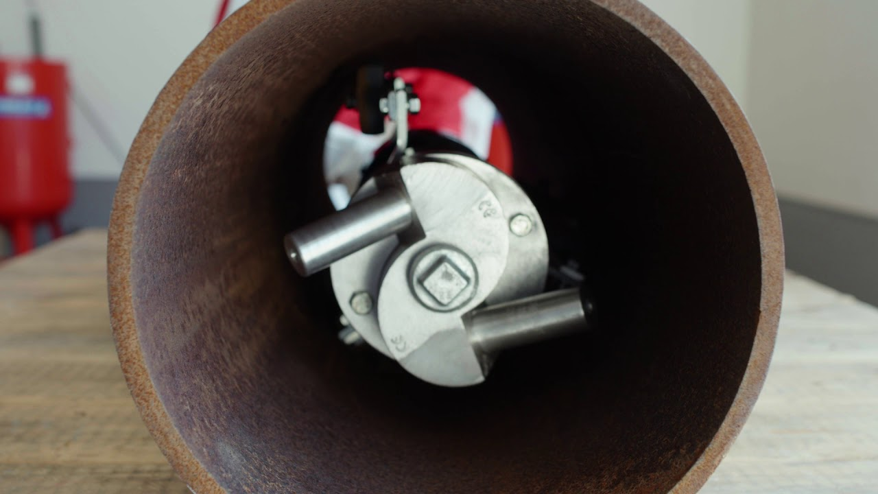 Pipe cleaning equipment + winch
