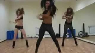 Go-Go dance with Sonechka