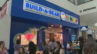 Build-A-Bear Workshop Cuts Off Lines On Pay Your Age Day