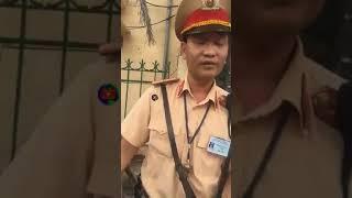 Tuýt Làn Đường CSGT Hà Nội Gặp Phải Bác Tài Cứng Luật