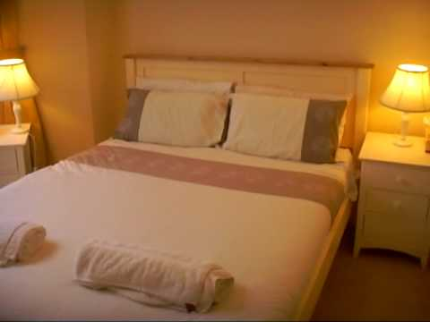 Perham Two Bedroom Apartment London Vacation Holiday Rental