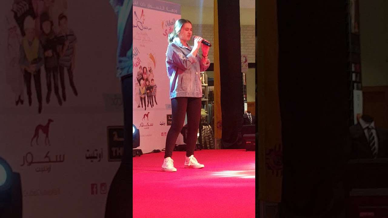 English Robotics Dance And Song By Dubai Outlet Mall Youtube