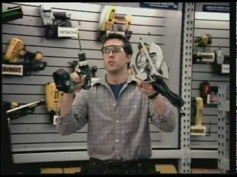 Jonathan Sale in funny Lowes Christmas ad