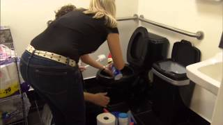 Undercover Boss - Deleted Scene - I'm Not The Toilet Guy