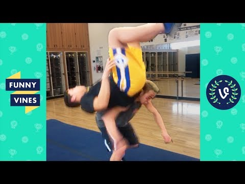 TRY NOT TO LAUGH – FUNNY FAILS Vines | Funny Videos March 2019