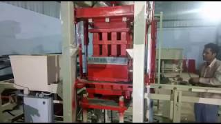Concrete Fly Ash Brick Making Machine Manufacturers India