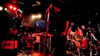2011年9月4日に行われたgrimのライブです。 (新大久保 EARTHDOMにて) ...